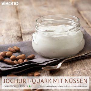 Joghurt-Quark mit Nüssen