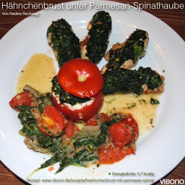 Hähnchenbrust mit Parmesan-Spinathaube und gefüllten Tomaten