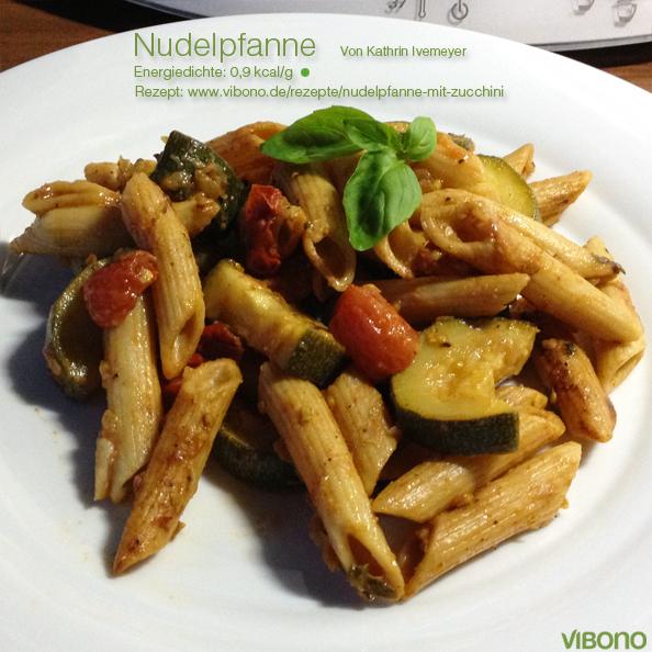 Nudelpfanne mit Zucchini