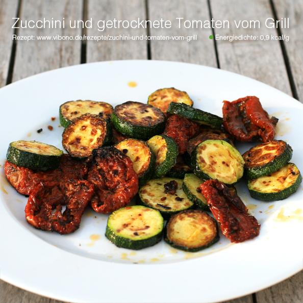 Zucchini und getrocknete Tomaten vom Grill