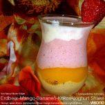 Erdbeer-Mango-Bananen-Kokos-Joghurt Shake