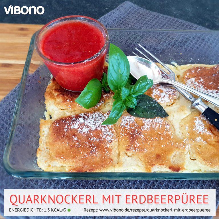 Quarknockerl mit Erdbeerpüree