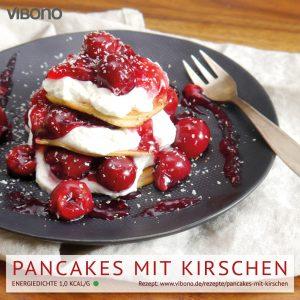 Pancakes mit Kirschen