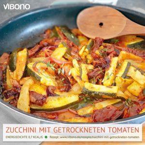 Zucchini mit getrockneten Tomaten